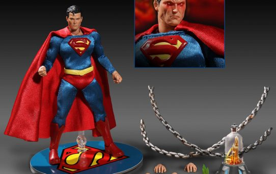 MEZCO ONE:12 COLLECTIVE DC Universe: Superman