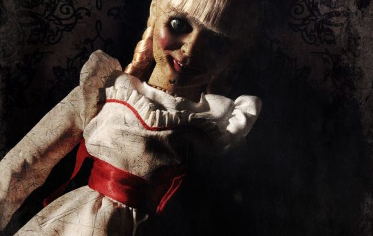 MEZCO TOYZ THE CONJURING Annabelle Doll Scaled Prop Replica