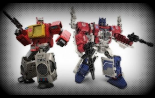 Formers Friday - Titans Return Powermaster Optimus Prime & Blaster