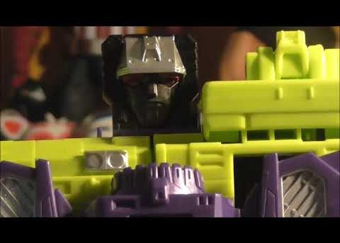 Formers Friday - Combiner Wars Devastator Review