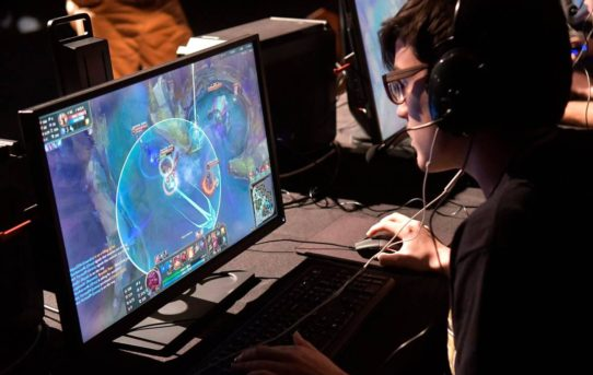 Kentucky HS board wants preapproval for esports players